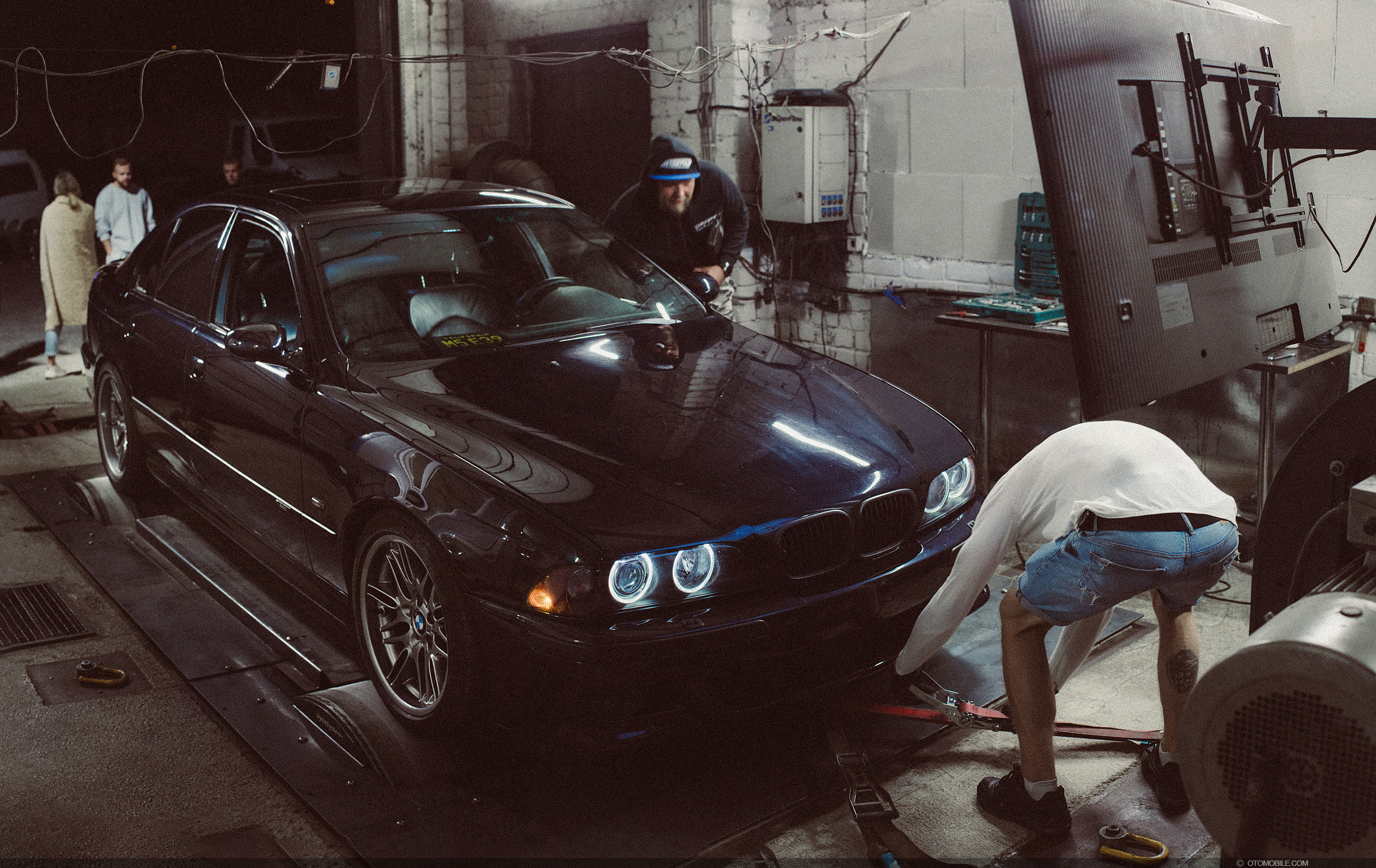 BMW M5 E39 dyno test before ESS Supercharger install at Dyno Systems, Riga Latvia on a Superflow Dyno.